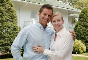 Couple with House - Insurance Company in Roslyn Heights, NY